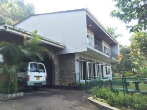 Anniewatte House, Проживание в семье  Канди - big - 1