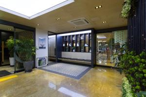 Benikea I-Jin Hotel, Hotely  Jeju - big - 74