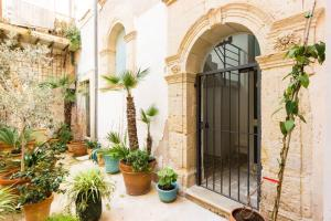 Casa Levante, Apartments  Siracusa - big - 32