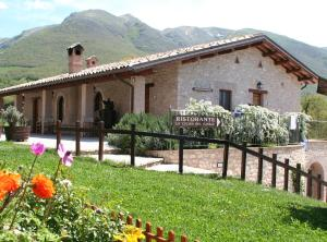 Agriturismo Casale Nel Parco Dei Monti Sibillini