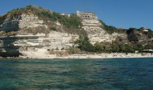 Casa Fiore, Ferienwohnungen  Capo Vaticano - big - 2