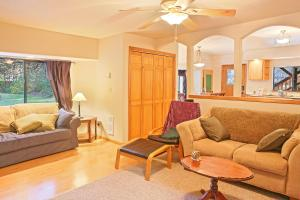 Mountain Rose Lodge, Holiday homes  Gold Bar - big - 42