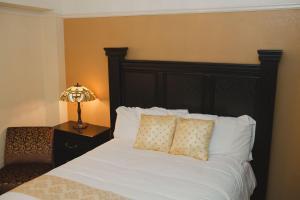 Premium Queen Room with Ocean View