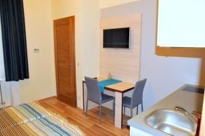Frank & Fang Apartments, Ferienwohnungen  Budapest - big - 10
