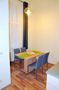 Frank & Fang Apartments, Ferienwohnungen  Budapest - big - 5
