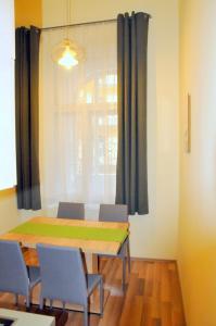 Frank & Fang Apartments, Ferienwohnungen  Budapest - big - 23