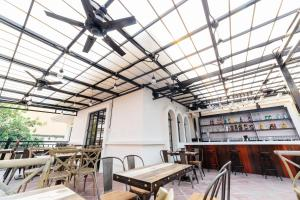 Tambayan Capsule Hostel & Bar, Hostely  Manila - big - 23