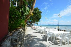 Koh Ngai Cliff Beach Resort, Resorts  Ko Ngai - big - 41