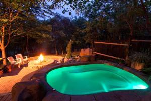 Chalet mit 2 Schlafzimmern und eigenem Pool