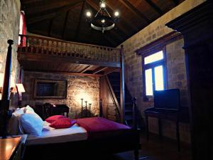 S. Nikolis Hotel (20 of 54)