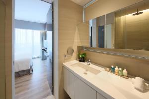 Premium One-Bedroom Apartment with City View