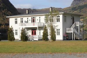 Høiland Apartments, Apartments  Årdal - big - 13