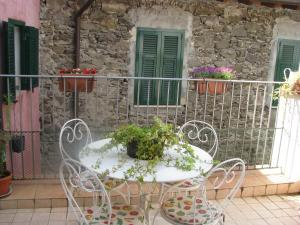 Casa Med Holiday Home, Case vacanze  Isolabona - big - 5