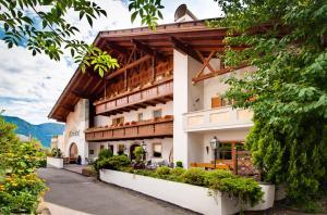 Prenota Hotel Alpenhof
