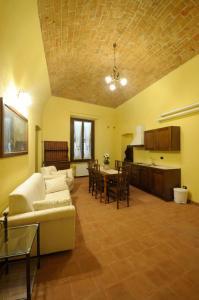 Palazzo Centro, Отели типа «постель и завтрак»  Ницца-Монферрато - big - 82
