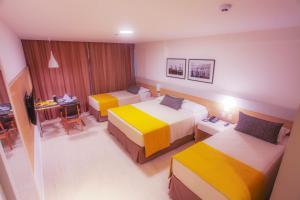 Standard Quadruple Family Room