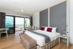 Aonang Cliff Beach Suites & Villas, Отели  Ао Нанг Бич - big - 17