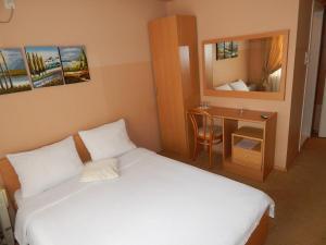 Motel Azzurro, Motels  Bijeljina - big - 13