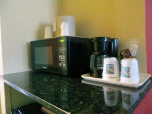 Quality Suites Orlando Close to I-Drive, Hotels  Orlando - big - 11