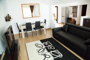 A Place Like Home, Apartments  Piatra Neamţ - big - 10