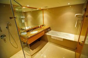 Hotel Kuva Chateau, Отели  Чжунли - big - 15