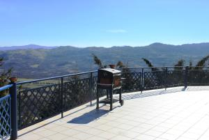 Villa Panoramica Belvedere, Apartmanok  Scontrone - big - 6