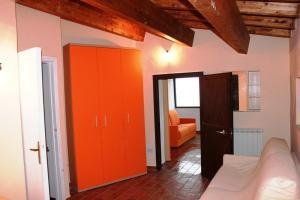 Villa Panoramica Belvedere, Apartmanok  Scontrone - big - 4
