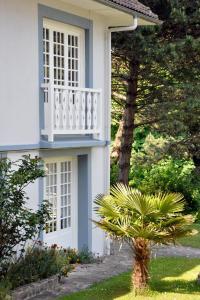 Hostellerie de la Vieille Ferme, Отели  Криэль-сюр-Мер - big - 61