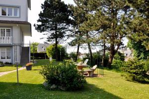Hostellerie de la Vieille Ferme, Отели  Криэль-сюр-Мер - big - 77