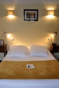 Hostellerie de la Vieille Ferme, Отели  Криэль-сюр-Мер - big - 26