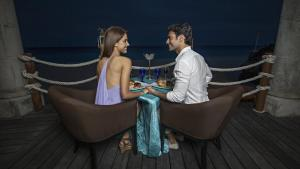Romance Royal Tower Room Ocean Front (Adults Only)