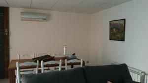 Apartments Mo, Apartmány  Monistrol - big - 24