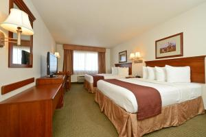 Queen Room with Two Queen Beds - Disability Access/Pet Friendly - Non smoking