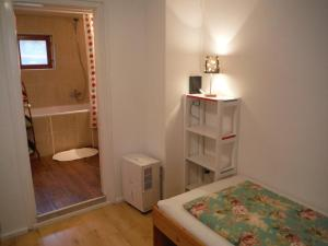 Small House Apartment, Affittacamere  Kerepes - big - 2