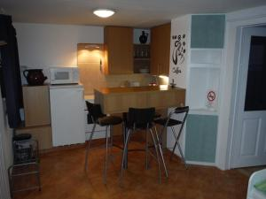 Small House Apartment, Affittacamere  Kerepes - big - 6