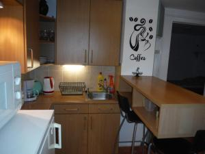 Small House Apartment, Affittacamere  Kerepes - big - 7
