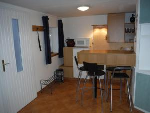 Small House Apartment, Pensionen  Kerepes - big - 8