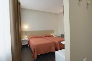 Hotel Agrigento Home, Aparthotels  Agrigent - big - 9