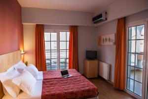 Kronos Hotel, Szállodák  Platamónasz - big - 12