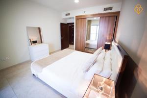 Keys Please Holiday Homes - Princess Tower - Dubai Marina, Apartmány  Dubaj - big - 30