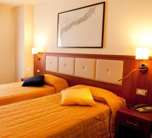 Hotel Benaco, Szállodák  Nago-Torbole - big - 20