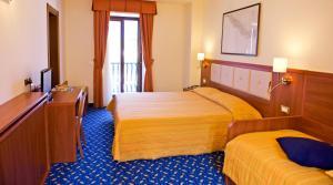 Hotel Benaco, Szállodák  Nago-Torbole - big - 45