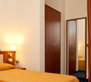 Hotel Benaco, Szállodák  Nago-Torbole - big - 30