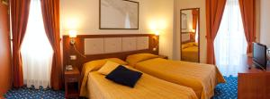Hotel Benaco, Hotels  Nago-Torbole - big - 77