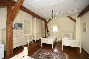 Pension Grant Lux Znojmo, Отели типа «постель и завтрак»  Зноймо - big - 45