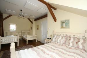 Pension Grant Lux Znojmo, Отели типа «постель и завтрак»  Зноймо - big - 42