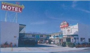 Thunderbird Motel, Motel  Bishop - big - 10