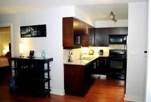 JJ Furnished Apartments Downtown Toronto: Entertainment District Element, Ferienwohnungen  Toronto - big - 4