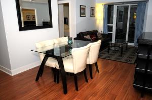 JJ Furnished Apartments Downtown Toronto: Entertainment District Element, Ferienwohnungen  Toronto - big - 12