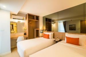 Pleasure Suite - Twin Bed